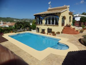 *Sold subject to contract* 5 bedroom detached villa