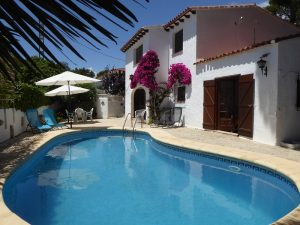 *RESERVED* A charming 3 bedroom villa