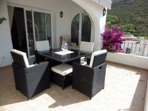 *RENTED* 3 bedroom villa with sea views