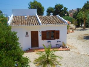 "Two bedroom bungalow in ""La Fustera"""