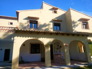 Rustic style 5 bedroom villa in Orba