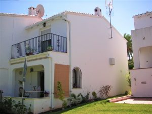 2 bedroom house in a nice development with pool