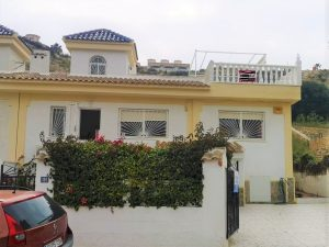 3 slaapkamer blauwe bovenste bungalow met uitzicht op de golfbaan