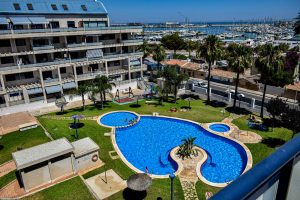 4 bedroom penthouse with amazing views to the sea and marina