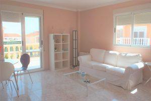 4 bedroom villa of 2 independent apartments